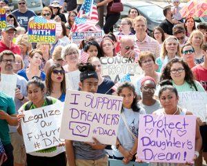 Protesta en Omaha, Nebraska, el 10 de sept. PST dice: ¡Amnistía para todos los inmigrantes!