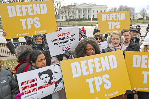 Washington threatens to deport 200,000 Salvadorans
