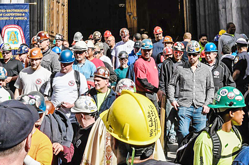 'Hardhat Mass' marks deaths of construction workers