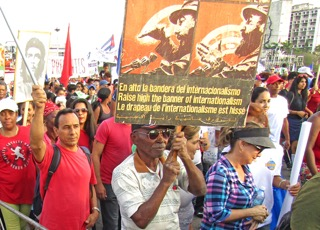 Hundreds of thousands joined International Workers Day mobilization in Havana, May 1.