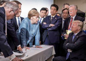 Donald Trump encara a jefes de estado durante cumbre del G-7 en Quebec, el 9 de junio. La reunión subrayó el hecho de que Washington sigue siendo el poder imperialista dominante.