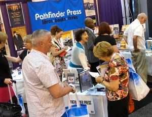 Books by SWP leaders perk interest at librarians' meet