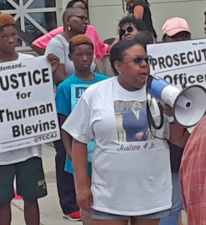 Twin Cities rally: 'File charges against killer cop'