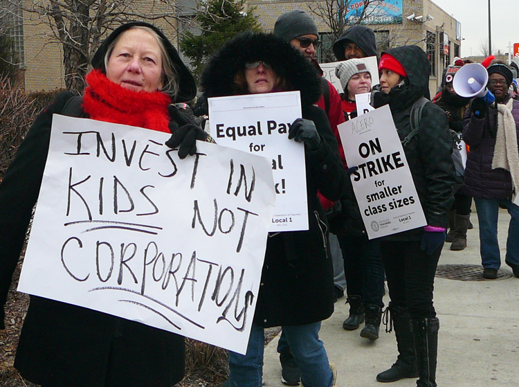Teachers picket Acero charter schools in Chicago Dec. 4 during victorious five-day strike. Teachers won smaller class sizes, pay raises, better working conditions and prohibition against Acero giving out information on immigration status of students, teachers and families.