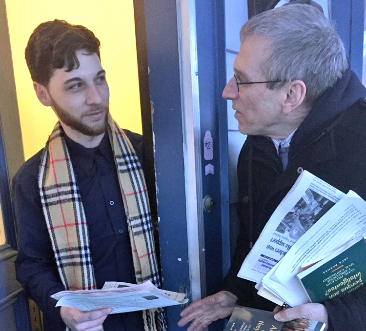 Seth Galinsky, SWP candidate for New York City Public Advocate, talks with restaurant worker Jason Bryant at his home in Cobleskill, New York, Feb. 2. Introducing the party to working people on their doorsteps and discussing how to defend working class is central activity of party.