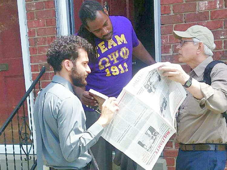 Samir Hazboun, left, SWP candidate for Kentucky lieutenant governor, and Ned Measel, right, talk with Ibn Green in Louisville May 11. Campaign supporters ask readers to join in stepped-up effort to meet goals for subscriptions, books and Militant Fighting Fund in full by May 28.