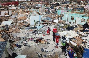 El gobierno de Bahamas ha emitido una orden que impide reconstrucción de barrio haitiano en Abaco (arriba), destruido por el ciclón Dorian, por lo menos por seis meses.