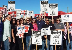 Copper workers rally at Asarco Mission mine in Sahuarita, Arizona, Oct. 19. Mine bosses are demanding workers quit union, cross picket lines in important fight in Arizona, Texas.