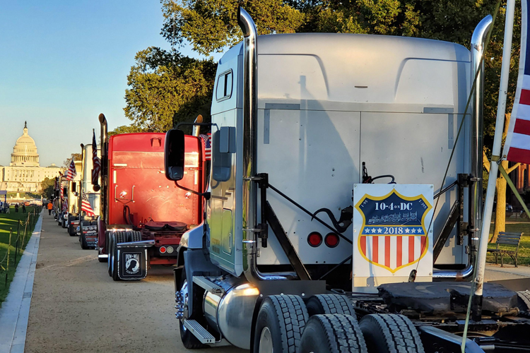 Independent truckers protest new gov't regulations