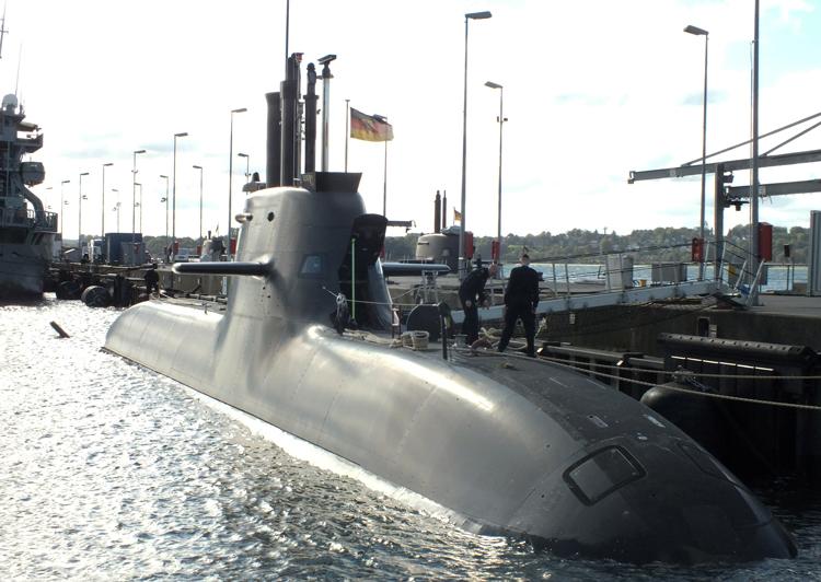 En Alemanía, a pesar de tener la economía más fuerte de Europa, ninguno de sus seis submarinos funcionaba en 2018. Esta disparidad entre el poder económico y el militar presentará desafíos a los gobernantes alemanes ante los crecientes conflictos interimperialistas.