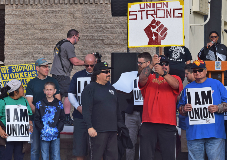 Contingent of copper workers on strike against Asarco in Arizona and Texas and their supporters were welcomed at Martin Luther King Day parade and rally in Tucson Jan. 20, the 100th day of their strike against the copper giant bosses' union-busting assault.