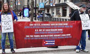 Protesta en Chicago contra las seis décadas de guerra económica a Cuba por los gobernantes estadounidenses.