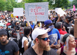 More than 60,000 people joined June 2 Houston action against Minneapolis cop killing of George Floyd. Protests draw broad participation, shining spotlight on racist cop violence.