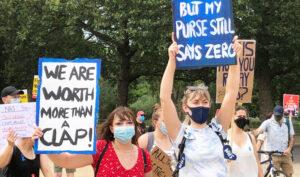 Nurses protest across UK demanding higher wages