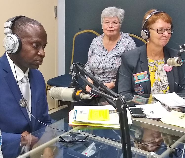 Alyson Kennedy, SWP candidate for president, right, and Malcolm Jarrett, for vice president, during Oct. 13 interview on Radio Olivier, affiliated with Mount Olive Church of God, in Orange, New Jersey. SWP candidates said Cuban Revolution is example for U.S. workers.