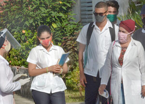 Cuban medical students, teachers prepare to do daily house to house visits in fight against COVID. Gains of Cuban health system stem from six decades of workers and peasants in power.