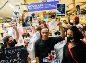 Rally in Brasilia, Brazil, Nov. 20 protests killing of Joao Alberto Silveira Freitas, a 40-year-old black man beaten to death by security guards at Carrefour supermarket in Porto Alegre.