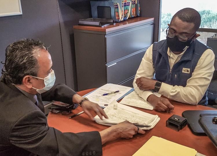Dallas: Candidato del PST aplica por puesto en boleta