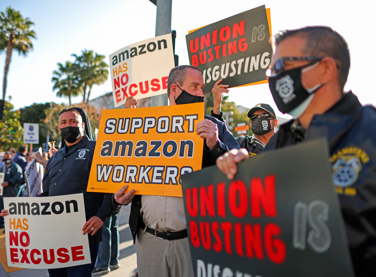 March 22 AFL-CIO-sponsored rally in Los Angeles mobilized support in fight for union recognition by Amazon workers at Bessemer, Alabama, warehouse. Victory could expand struggle.