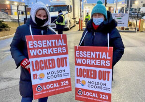 Members of Canadian Union of Brewery and General Workers Local 325 picket Molson Coors plant in Toronto. Bosses locked them out Feb. 20 to try and force concession demands.