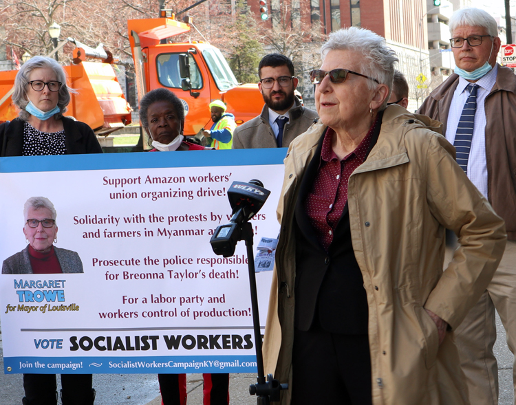 Maggie Trowe, with campaign supporters, speaks at March 12 press conference in front of City Hall to announce her campaign as Socialist Workers Party candidate for mayor of Louisville.