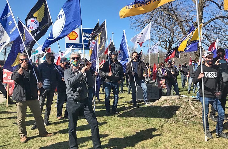 Rally backs locked-out Shell oil workers in Quebec