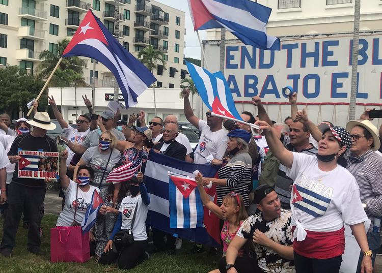 Rally during Miami caravan.