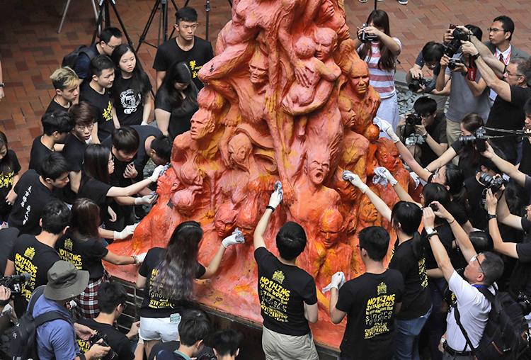 Hong Kong protests defy ban, mark Tiananmen massacre