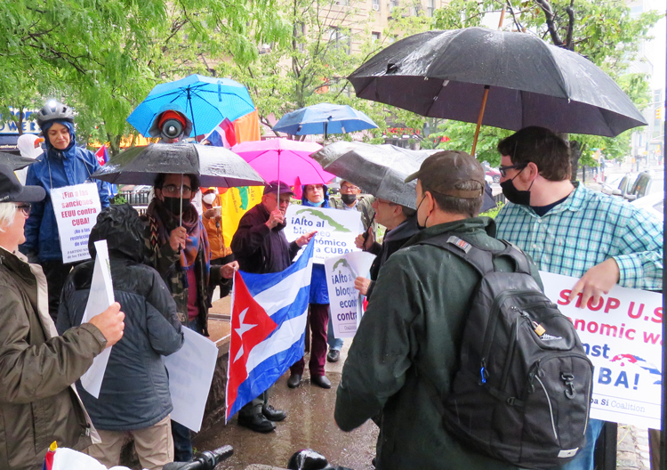 """Cuban Revolution shows an alternative to """"capitalist society we are living in,"""" Rev. Luis Barrios told participants in May 30 New York caravan, one of 70 worldwide protesting U.S. economic war on Cuba. Next caravans are set for June 20, three days before U.N. vote on U.S. embargo."""
