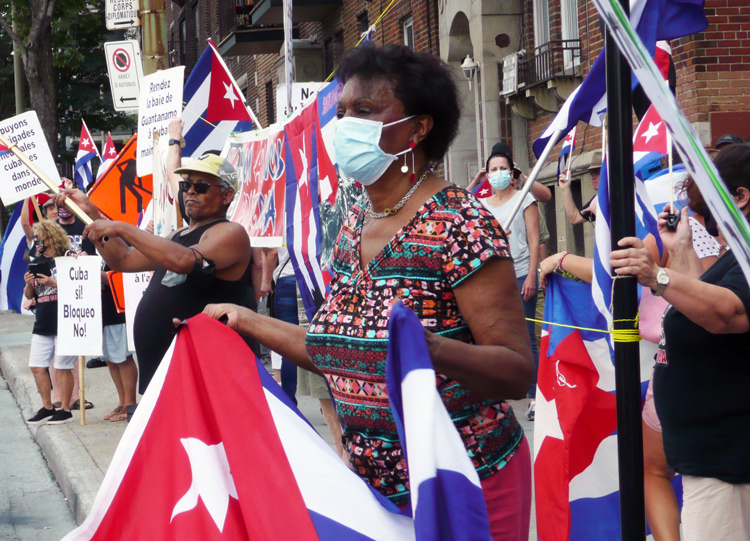 July 25 rally after car caravan in Montreal against U.S. embargo of Cuba. The monthly actions demand end to Washington's more than 60-year push to destroy Cuba's socialist revolution.