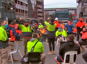 Construction workers protest gov't attacks in Australia