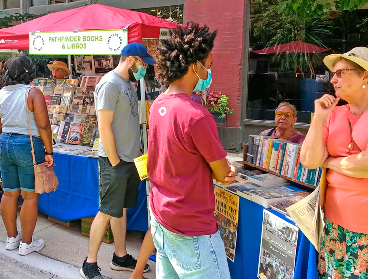 Chicago: Thirst for books by SWP, revolutionary leaders