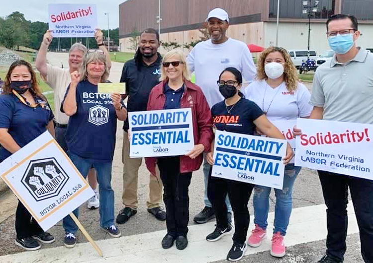 Línea de piquetes de Nabisco en Richmond, Virginia, 10 sept. Los huelguistas en cinco estados se mantuvieron fuertes y unidos, ganaron apoyo, probaron que el sindicato hace la diferencia.